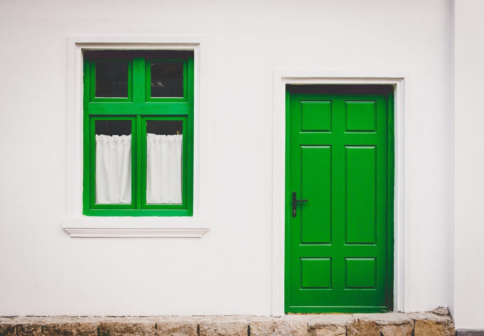 nowe drzwi do domu