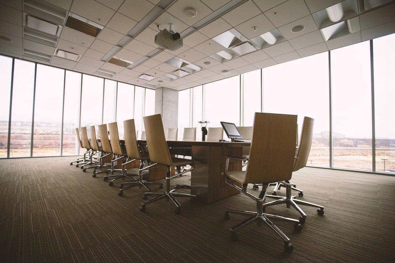 Oświetlenie biurowe led wpływa na efektywność pracowników